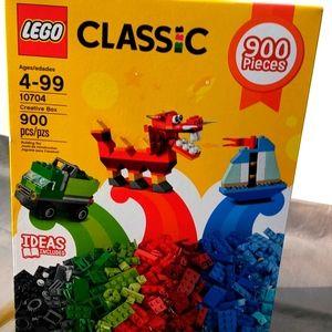900 Piece Lego